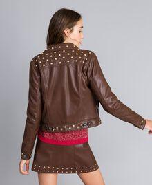 Jacke aus Lederimitat mit Nieten Mahagoni Bordeaux Frau YA82BC-03