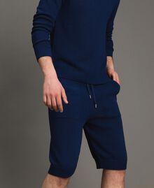 Bermuda-Shorts aus Baumwollmischung Blackout Blau Mann 191UT3084-01