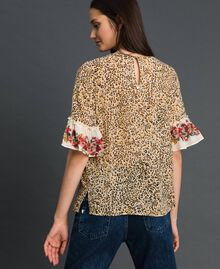 Floral and animal print blouse Leopard Print Woman 192TP2742-03