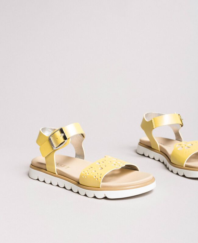 "Leather sandals with embroidery ""Bamboo"" Yellow Child 191GCJ170-01"