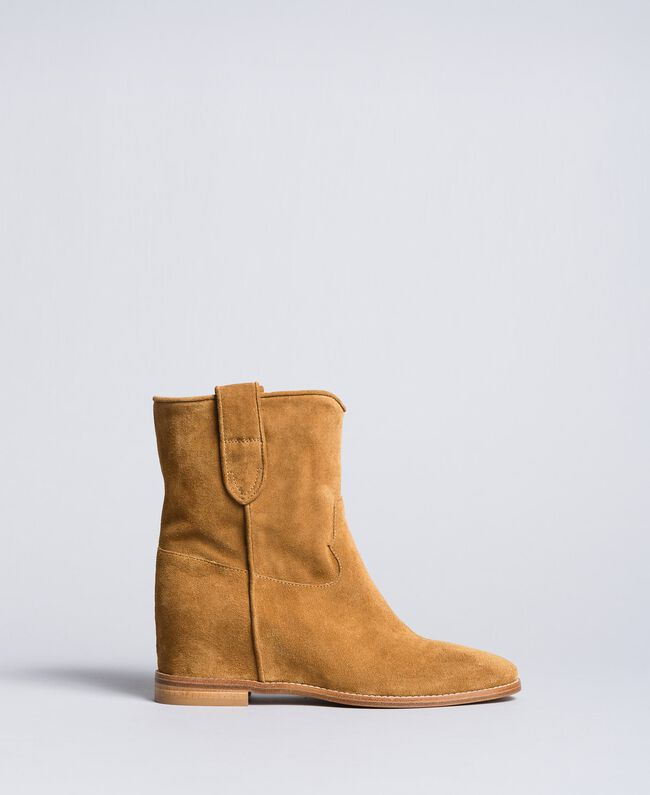 Suede ankle boots with wedge Cookie Beige Woman CA8TCC-03