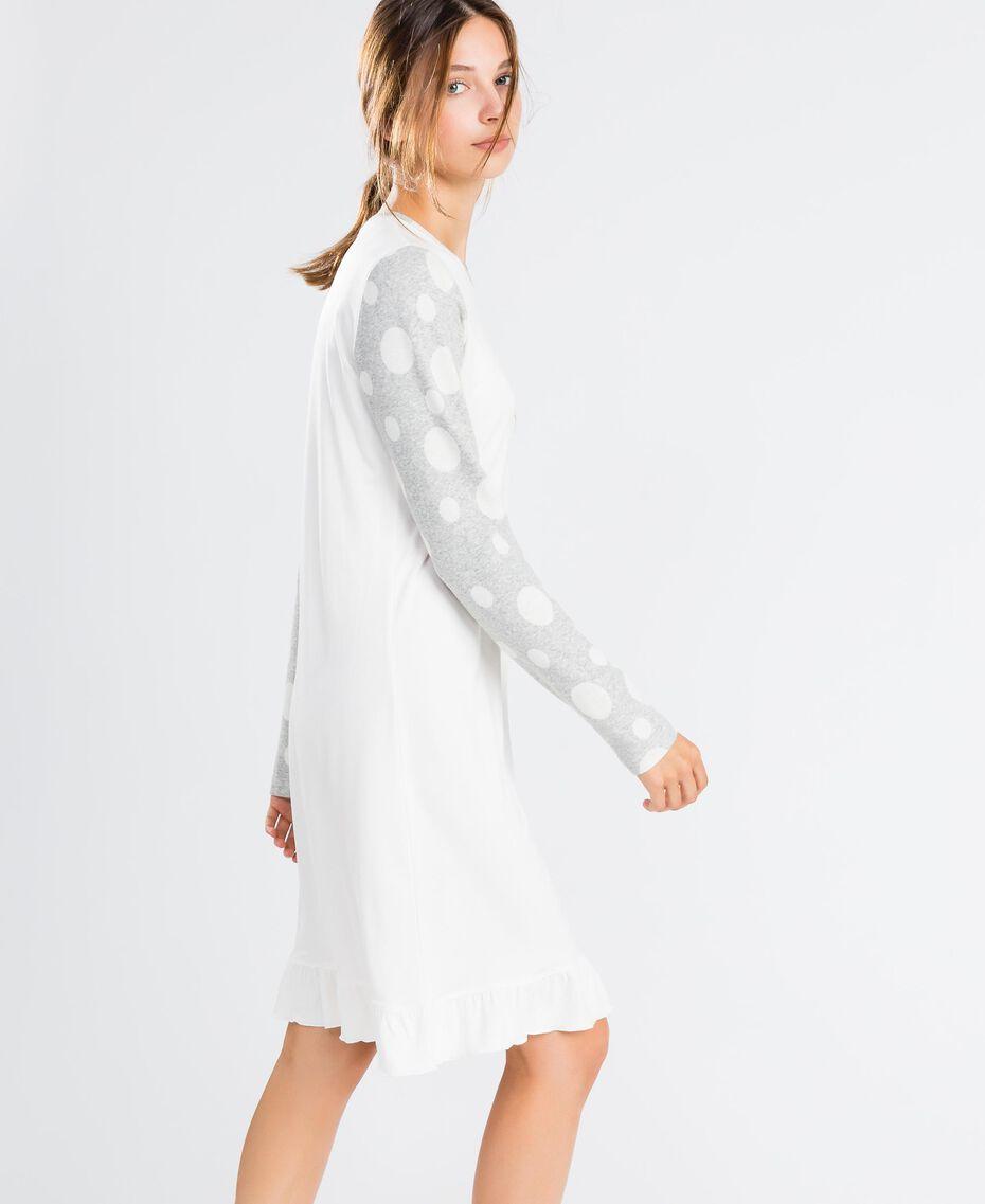 Nachthemd aus Baumwollmischung Zweifarbig Tupfen Grau / Elfenbein Frau LA8UBB-02