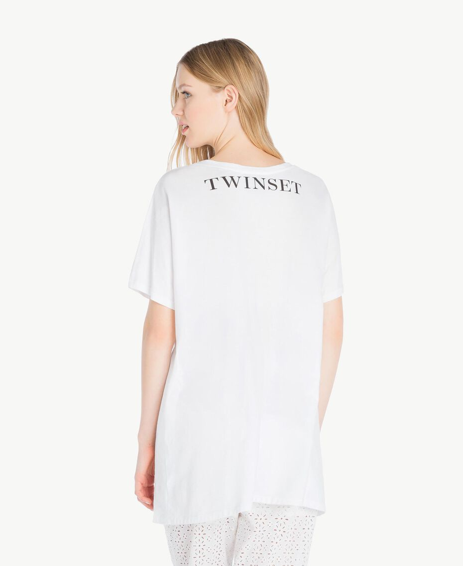 Maxi-T-Shirt mit Stickerei Weiß Frau YS825F-03