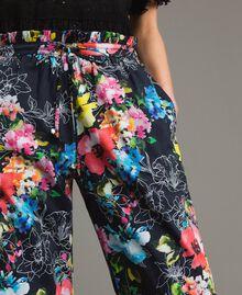 Pantalon palazzo avec imprimé floral Imprimé Fleur Multicolore Noir Total Femme 191MT2293-02
