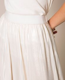Laminated pleated long skirt Ivory Woman 201LB22LL-04