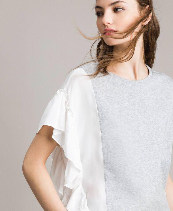 T-shirt en soie mélangée avec volants