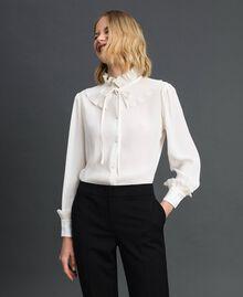 Hemd aus Crêpe de Chine aus Seidenmischung Weiß Schnee Frau 192TP2100-01