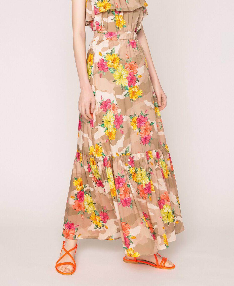 Jupe avec imprimé camouflage et floral Imprimé Hibiscus Multicolore Femme 201MT2384-03