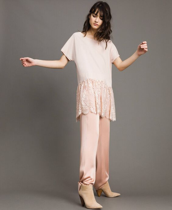 Maxi T-shirt with lace