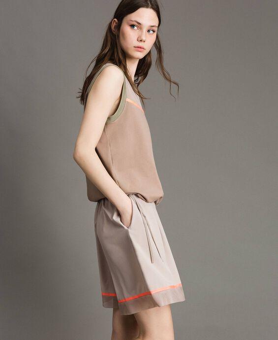 Poplin shorts with mesh inserts