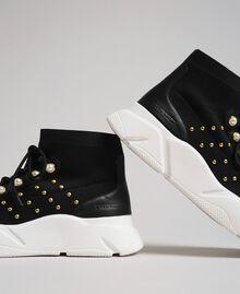 Текстильные кроссовки с жемчугом и заклепками Черный женщина 192TCP062-03