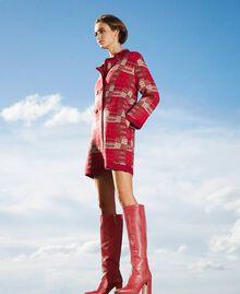 Stiefel aus Leder in Kroko-Optik Krokoprägung Kirschrot Frau 202TCP07C-0S