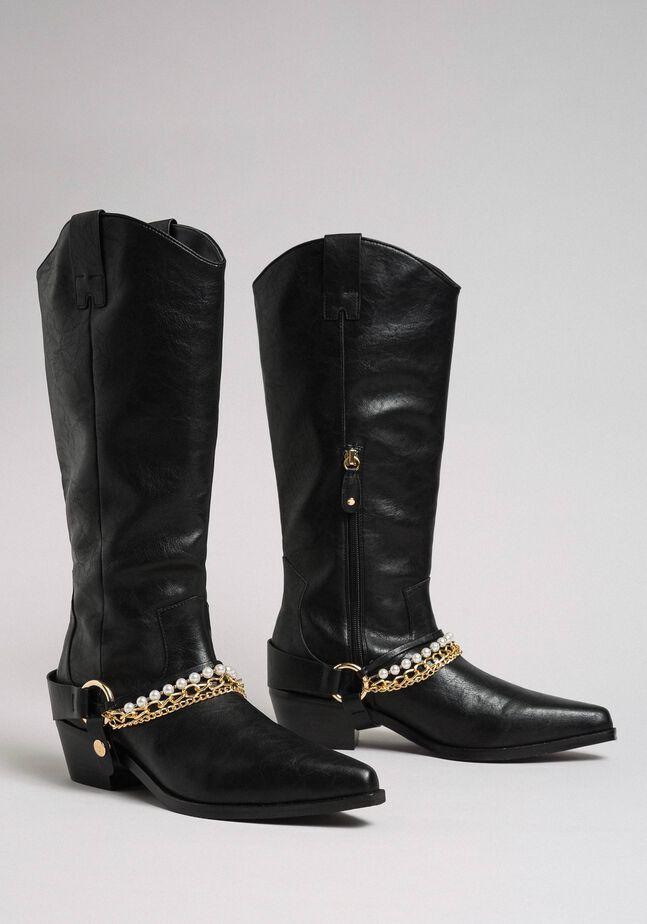 Boots à talons avec brides, chaînes et perles