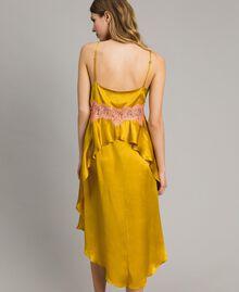 """Robe en soie et satin agrémentée de dentelle Bicolore Or """"Miel Doré"""" / Rouge """"Pomme Sauvage"""" Femme 191TT2090-04"""