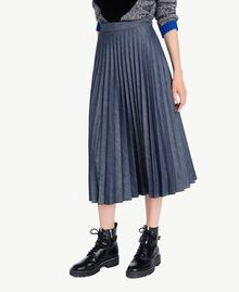 Medium length pleated skirt Denim Blue Female YA72Y9-02