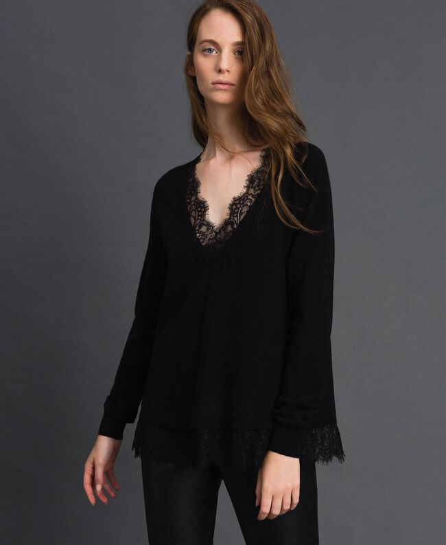 Top with lace Black Woman 192TP3161-01