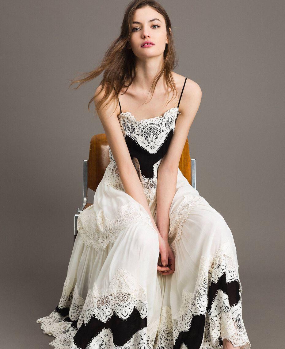 Robe longue en georgette agrémentée de dentelle Bicolore Blanc Neige/ Noir Femme 191TT2100-01