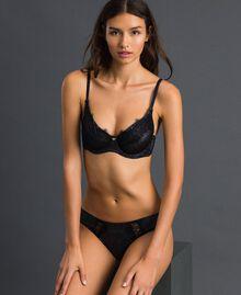 Brazilian-Slip aus Lurex mit Spitzenintarsien Silberlurex-Schwarz Frau 192LL6B77-02