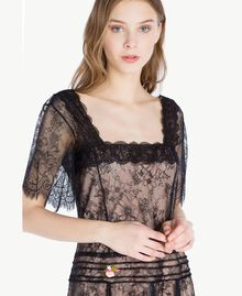 Langes Kleid aus Spitze Schwarz Frau PS821F-04