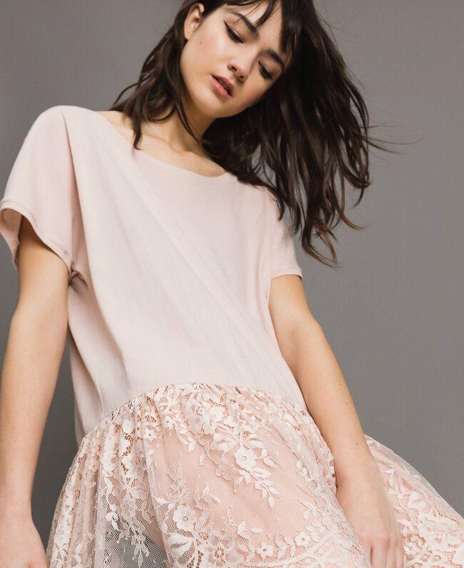 Maxi-T-Shirt mit Spitze Blütenknospenrosa Frau 191TP260G-04