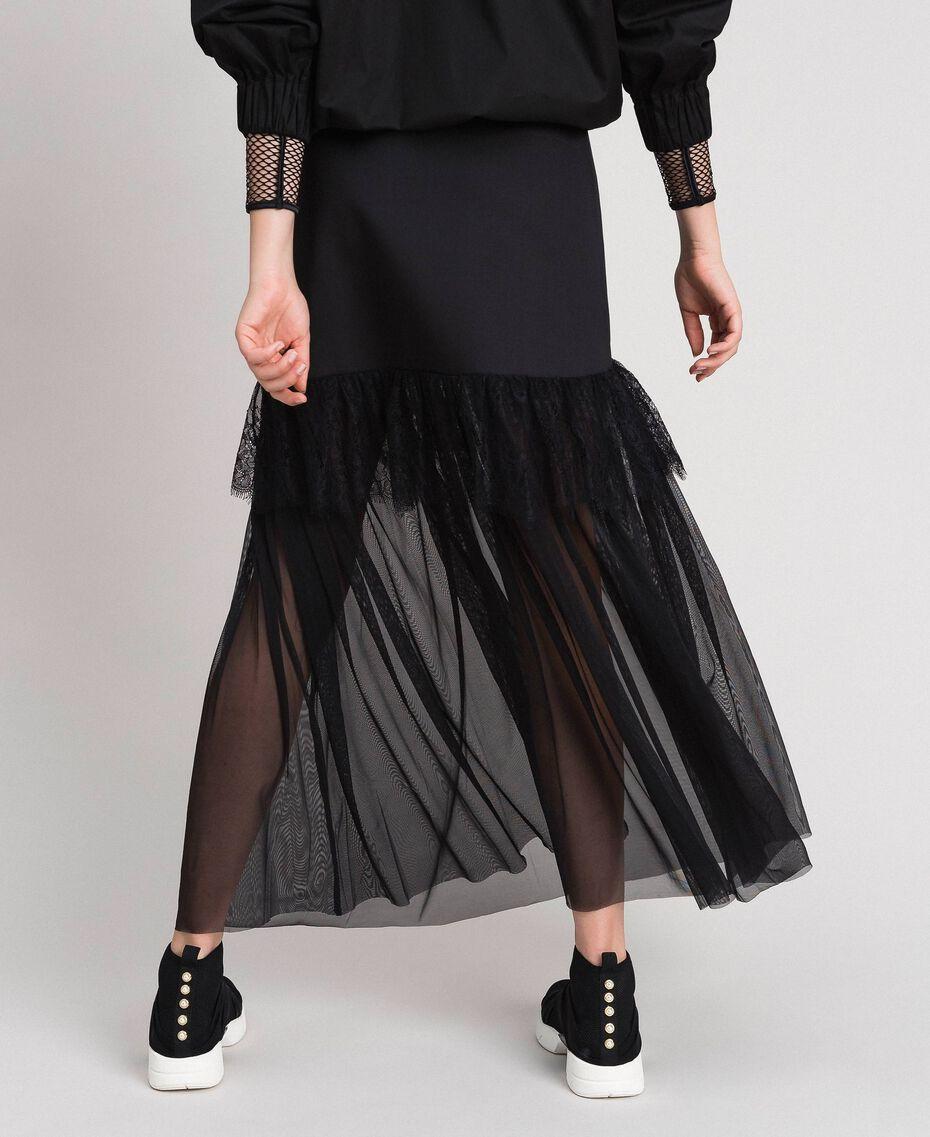 Chaussures de running avec perles et entrecroisement Noir Femme 192MCP068-0S