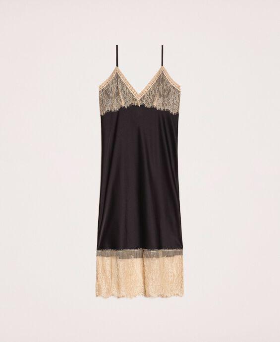 Сатиновое платье-комбинация с кружевом