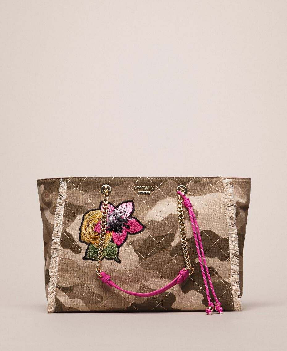 Canvas shopper with patch and fringes Camouflage Print / Wild Rose Woman 201MO8040-02