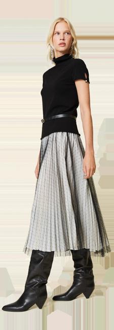 30-shop-by-look-feminine-blanc-noir-plisse-tulle-femme-automne-hiver-2021
