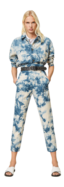23-shop-by-look-look-tendenza-jeans-tie-dye-azzurro-donna-primavera-estate-2021