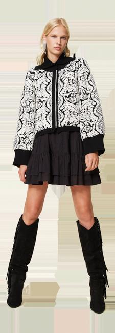 26-shop-by-look-jour-black-white-oversize-fleurs-femme-automne-hiver-2021