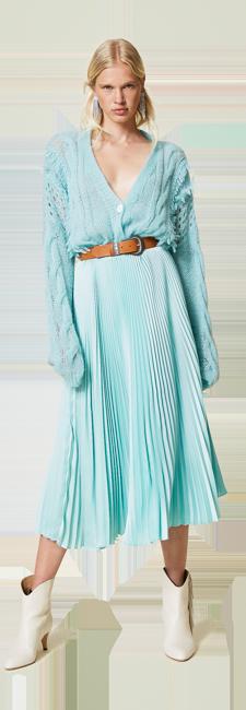 01-shop-by-look-lightblue-pleats-romantic-mohair-women-fall-winter-2021