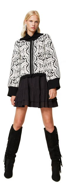 26-shop-by-look-black-white-day-over-flowers-women-fall-winter-2021