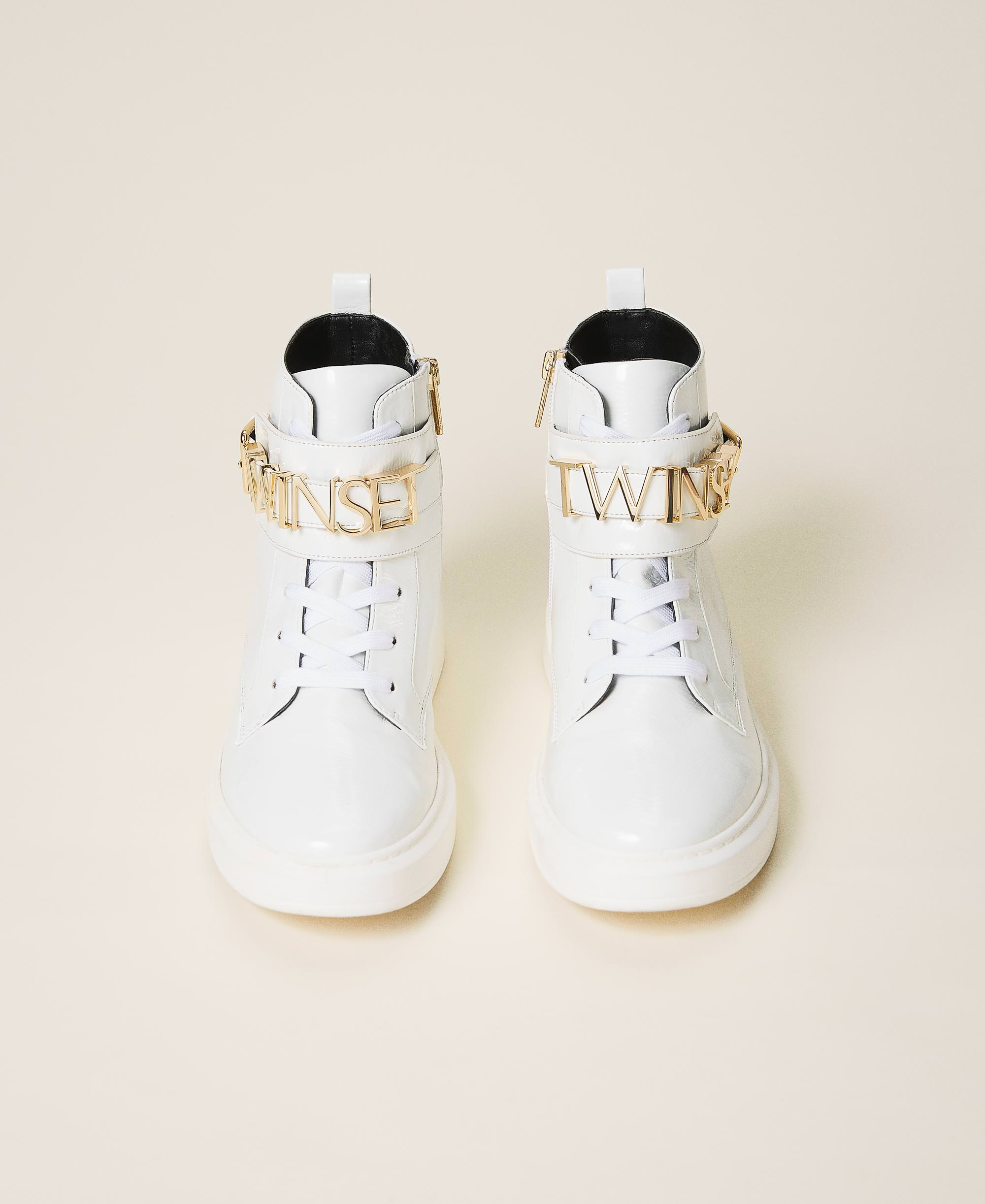 High top trainers with logo