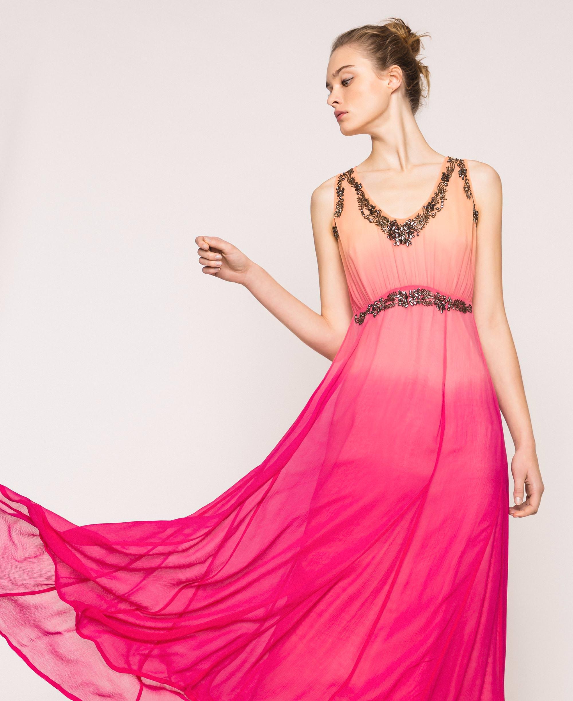 Tie-Dye- Kleid aus Krepon mit Stickerei Frau, Rose  TWINSET Milano