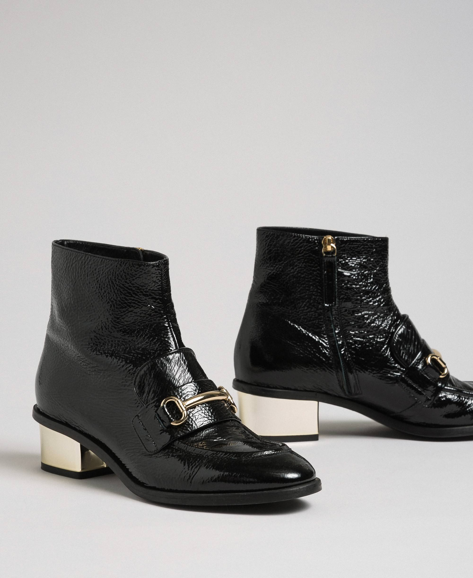 Patent leather ankle boots Woman, Black